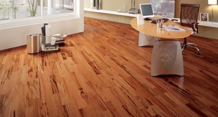 Lima Cara Mudah Bikin Parquet Flooring Tetap Kinclong